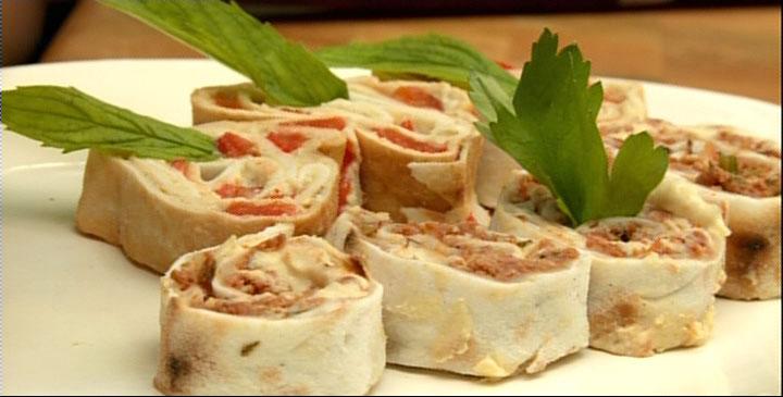 Roul s de pizza arm nienne l hummus par racha bassoul - Cuisine libanaise montreal ...
